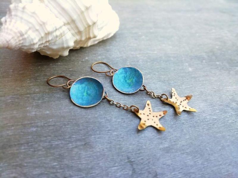orecchini da indossare al mare turchese con stella marina pendente